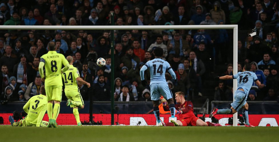 صور : مباراة مانشستر سيتي - برشلونة 1-2 ( 24-02-2015 )  1424809639_812275_1424814379_album_grande
