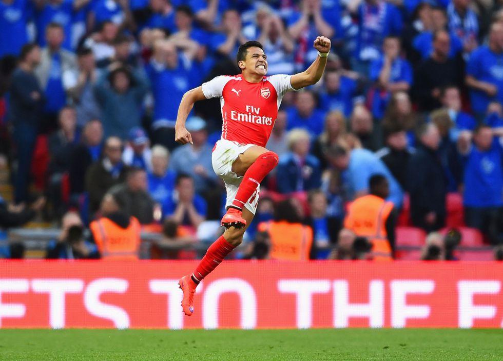 Con doblete de Alexis Sanchez Arsenal avanza a la final