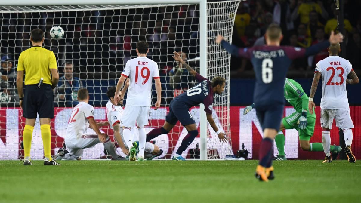 PSG 3 - Bayern 0: Vidal no puede ante la magia de Neymar - AS Chile