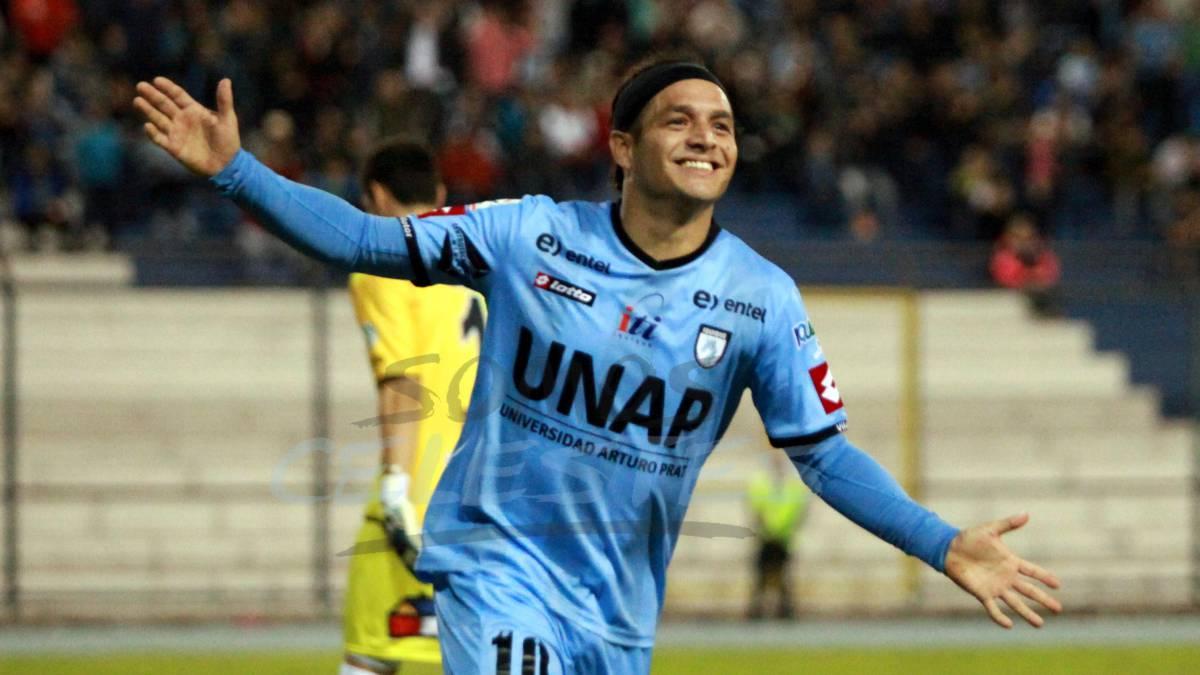 Manuel Villalobos extiende una temporada más su carrera - AS Chile