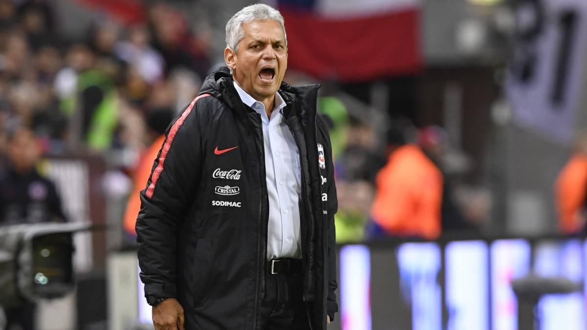 Así vivió Reinaldo Rueda su primer partido al mando de la Roja - AS Chile