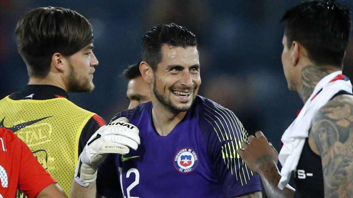 Así vivió su anhelado debut el portero Gabriel Arias - AS Chile
