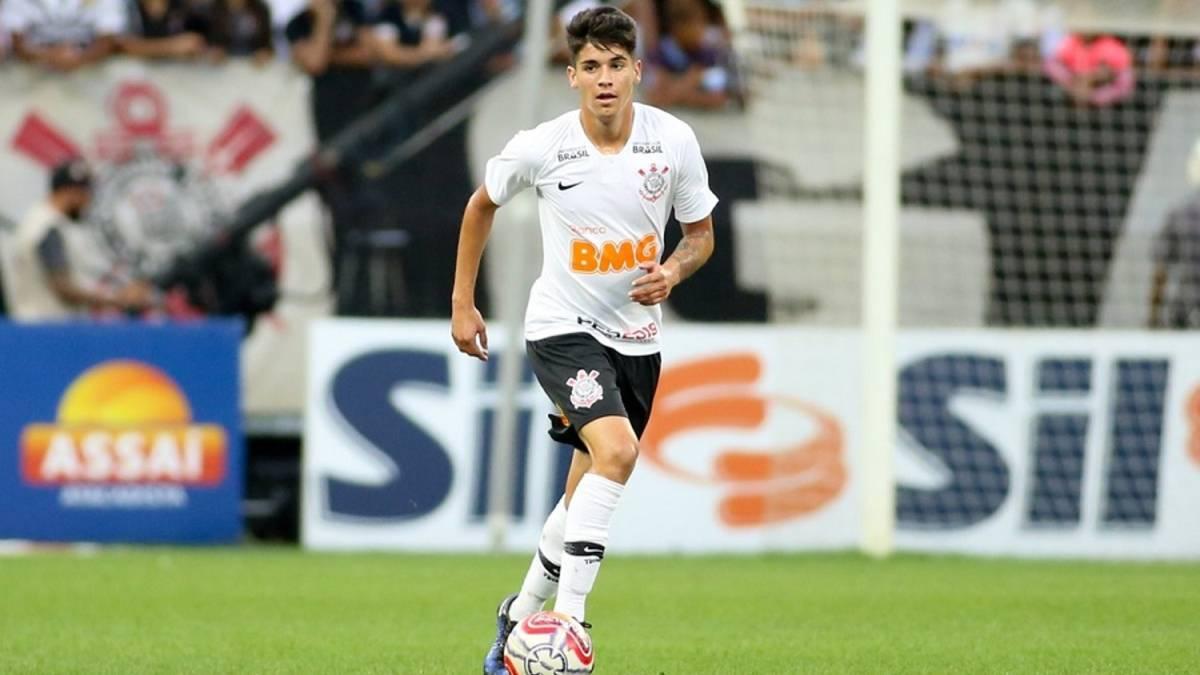La dura decisión que tomó Corinthians con Ángelo Araos - AS Chile