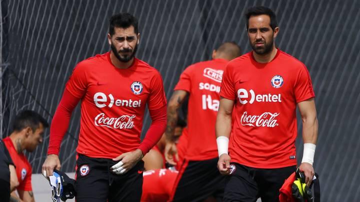La sincera respuesta de Bravo a los elogios de Johnny Herrera - AS Chile
